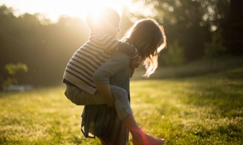 KEMI est - Az egyszülős családok helyzete, lehetőségeik és konfliktusaik megoldása a mediáció segítségével